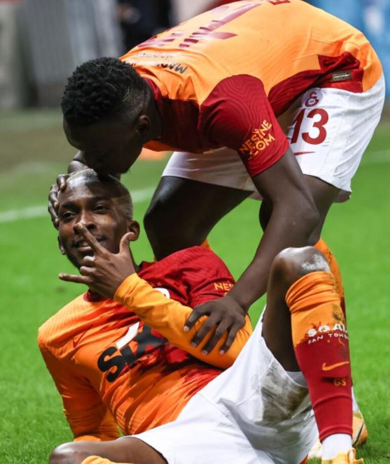 Galatasarayda Ryan Donk olay oldu Başakşehir maçında Onyekuru ve Mohammed derken...